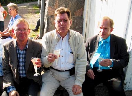 Gunnar Hilén, Björn Palmén och Gerd-Peter Löcke vid 'stenfoten'